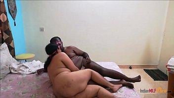 हिंदी मोटी औरत और उसका काला प्रेमी