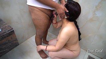 हिंदी शावर में सेक्स